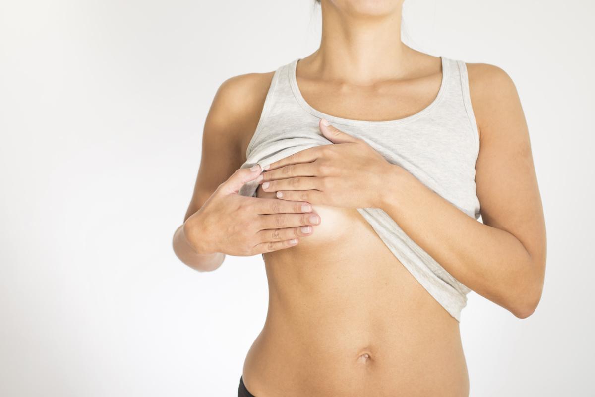 rechazo-de-los-implantes-mamarios-como-actuar