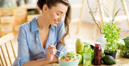 Alimentos saludables que debes comer en el verano