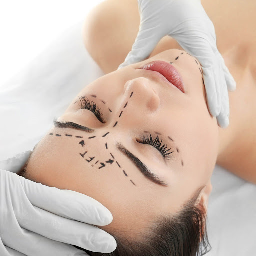 El lifting facial o Ritidectomía es una forma eficaz de reparar tu piel y rejuvenecerla