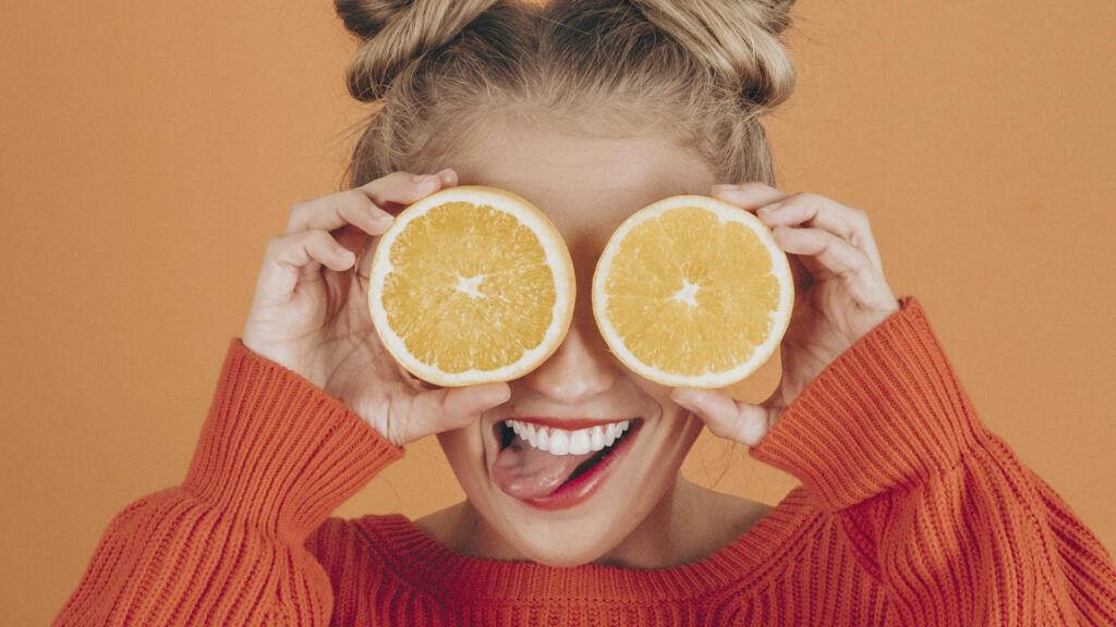 Recuperar tu piel tras el verano con el uso de la vitamina C